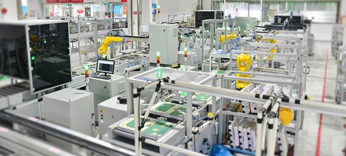 六轴机器人实现滤波器腔体内零部件装配、贴标、扫码
