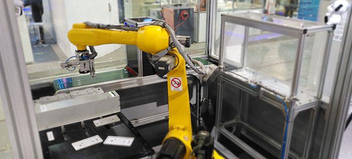 六轴机器人实现视觉引导下的快速分拣